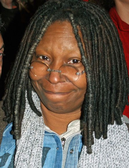800px-Whoopi_Goldberg_at_a_NYC_No_on_Proposition_8_Rally