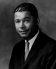 Edward_brooke_senator